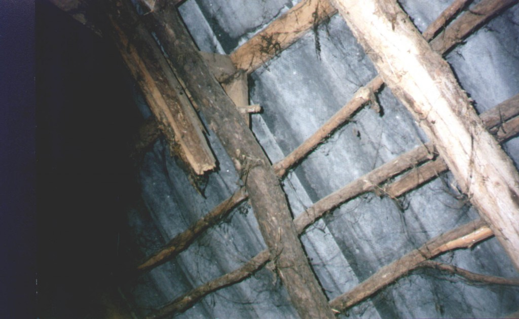 dak hulsbeek 9 balk gebroken nieuwe ernaast